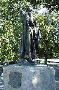 Sacagawea Statue (Bismark, ND)